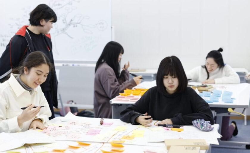 筑坂国際バカロレア授業の様子